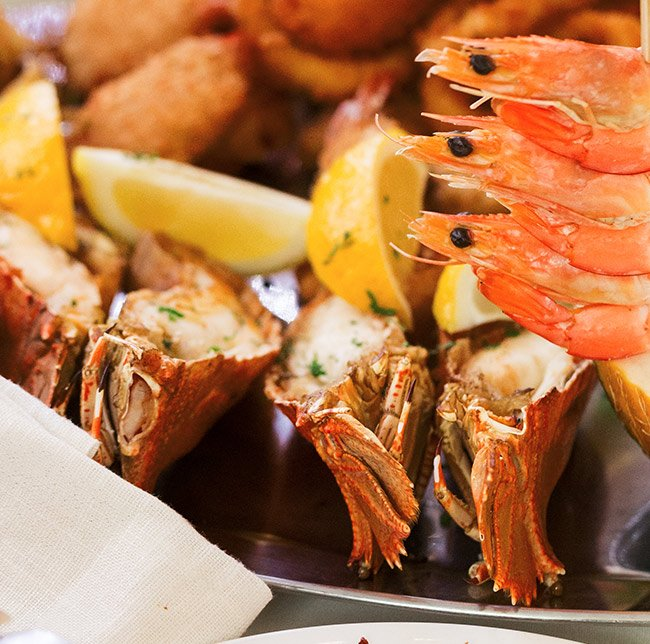 Willow at Tradies Gymea famous seafood platter for 2
